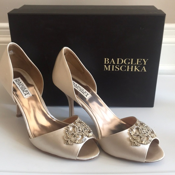 Badgley Mischka Salsa Gold Leather D/'orsay Bridal Evening High Heel Pumps 7 9